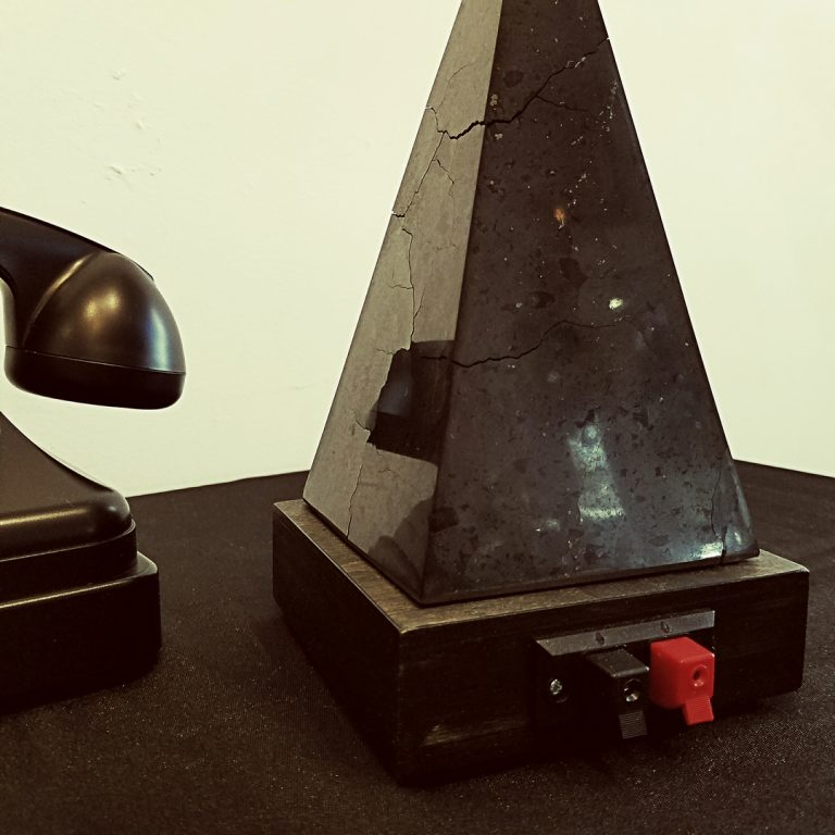 Electromagics photo 2: Black Pyramid